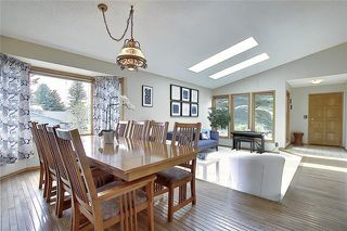 Photo 7: 4 STRATHBURY Circle SW in Calgary: Strathcona Park Detached for sale : MLS®# C4301110