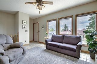 Photo 12: 4 STRATHBURY Circle SW in Calgary: Strathcona Park Detached for sale : MLS®# C4301110