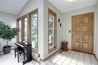 Photo 4: 4 STRATHBURY Circle SW in Calgary: Strathcona Park Detached for sale : MLS®# C4301110