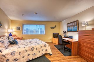 Photo 9: MISSION BEACH Condo for sale : 2 bedrooms : 2808 Bayside Walk #A in San Diego