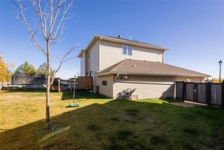 Photo 37: 36 OAKCREST Terrace: St. Albert House for sale : MLS®# E4216394