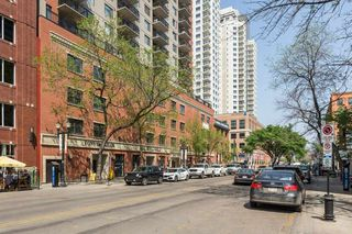 Photo 2: 2502 10180 104 Street in Edmonton: Zone 12 Condo for sale : MLS®# E4217174