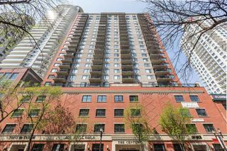Photo 4: 2502 10180 104 Street in Edmonton: Zone 12 Condo for sale : MLS®# E4217174