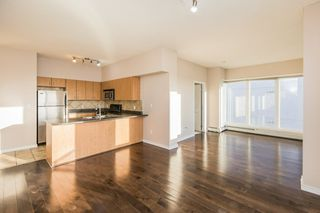 Photo 5: 2502 10180 104 Street in Edmonton: Zone 12 Condo for sale : MLS®# E4217174