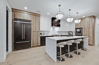Photo 5: 2431 26A Street SW in Calgary: Killarney/Glengarry Detached for sale : MLS®# A1045092