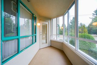 """Photo 22: 202 1569 EVERALL Street: White Rock Condo for sale in """"Seawynd Manor"""" (South Surrey White Rock)  : MLS®# R2513338"""