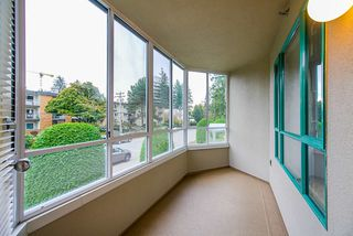 """Photo 21: 202 1569 EVERALL Street: White Rock Condo for sale in """"Seawynd Manor"""" (South Surrey White Rock)  : MLS®# R2513338"""
