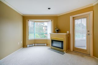 """Photo 6: 202 1569 EVERALL Street: White Rock Condo for sale in """"Seawynd Manor"""" (South Surrey White Rock)  : MLS®# R2513338"""