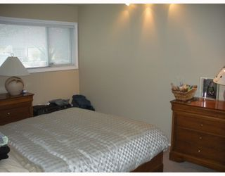 """Photo 5: 1397 COTTONWOOD in North Vancouver: Norgate House for sale in """"NORGATE"""" : MLS®# V797240"""