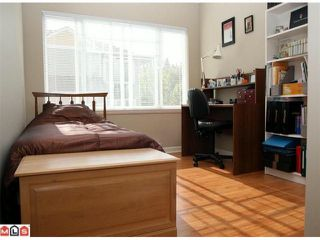 """Photo 7: 20 6110 138TH Street in Surrey: Sullivan Station Townhouse for sale in """"Seneca Woods"""" : MLS®# F1019158"""