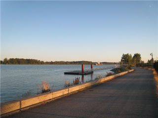 "Photo 10: 410 14300 RIVERPORT Way in Richmond: East Richmond Condo for sale in ""WATERSTONE PIER"" : MLS®# V850295"