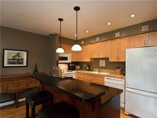 "Photo 2: 305 1299 W 7TH Avenue in Vancouver: Fairview VW Condo for sale in ""MARBELLA"" (Vancouver West)  : MLS®# V856379"