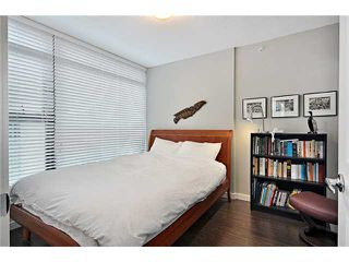 "Photo 4: 809 1068 W BROADWAY in Vancouver: Fairview VW Condo for sale in ""THE ZONE"" (Vancouver West)  : MLS®# V865216"