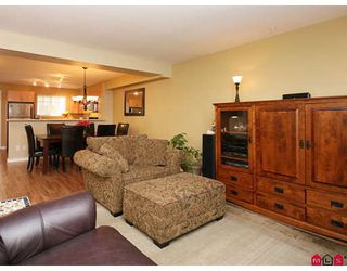 "Photo 3: 35 6651 203RD Street in Langley: Willoughby Heights Townhouse for sale in ""SUNSCAPE"" : MLS®# F2833451"