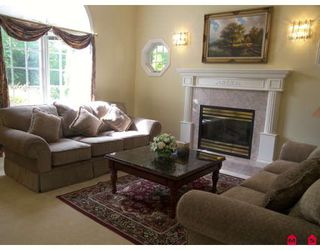Photo 2: 14077 31A Avenue in Surrey: Elgin Chantrell House for sale (South Surrey White Rock)  : MLS®# F2903330