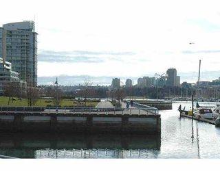 "Photo 2: 616 KINGHORNE MEWS BB in Vancouver: False Creek North Condo for sale in ""SLIVER SEA"" (Vancouver West)  : MLS®# V754390"