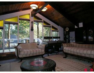 """Photo 2: 12783 14B Avenue in Surrey: Crescent Bch Ocean Pk. House for sale in """"OCEAN PARK"""" (South Surrey White Rock)  : MLS®# F2905965"""