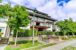 """Photo 3: 414 7418 BYRNEPARK Walk in Burnaby: South Slope Condo for sale in """"GREEN"""" (Burnaby South)  : MLS®# R2388618"""