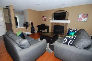 Photo 4: 2473 HAGEN Way in Edmonton: Zone 14 House for sale : MLS®# E4166972