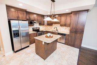 Photo 3: 406 10142 111 Street in Edmonton: Zone 12 Condo for sale : MLS®# E4177572
