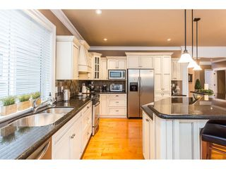 "Photo 4: 31824 THORNHILL Place in Abbotsford: Abbotsford West House for sale in ""Thornhill"" : MLS®# R2418541"