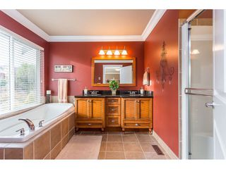 "Photo 12: 31824 THORNHILL Place in Abbotsford: Abbotsford West House for sale in ""Thornhill"" : MLS®# R2418541"