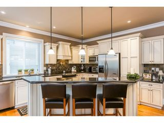 """Photo 3: 31824 THORNHILL Place in Abbotsford: Abbotsford West House for sale in """"Thornhill"""" : MLS®# R2418541"""