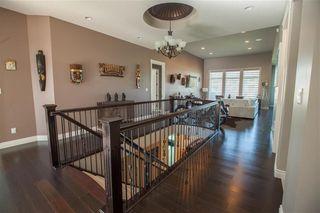 Photo 3: 4014 WESTCLIFF Place SW in Edmonton: Zone 56 House for sale : MLS®# E4185992