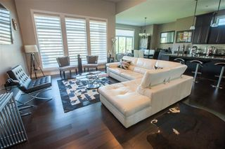 Photo 2: 4014 WESTCLIFF Place SW in Edmonton: Zone 56 House for sale : MLS®# E4185992