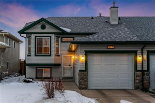Main Photo: 437 Stonegate Way NW: Airdrie House for sale : MLS®# C4290584