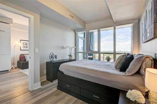 Photo 17: 1704 32 Davenport Road in Toronto: Annex Condo for sale (Toronto C02)  : MLS®# C4781103