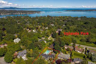 Photo 36: 3075 Devon Rd in Oak Bay: OB Uplands Single Family Detached for sale : MLS®# 840476