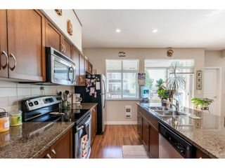 Photo 4: 32 6036 164 Street in Surrey: Cloverdale BC Townhouse for sale (Cloverdale)  : MLS®# R2480531