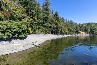 Photo 5: 230 Smith Rd in : GI Salt Spring Single Family Detached for sale (Gulf Islands)  : MLS®# 851563