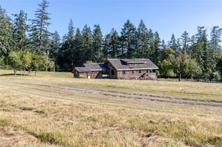 Photo 30: 230 Smith Rd in : GI Salt Spring Single Family Detached for sale (Gulf Islands)  : MLS®# 851563