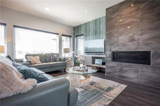 Photo 12: 32 Stan Bailie Drive in Winnipeg: South Pointe Residential for sale (1R)  : MLS®# 202020582