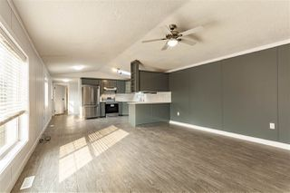 Photo 4: 2942 Lakewood Drive in Edmonton: Zone 59 Mobile for sale : MLS®# E4209784