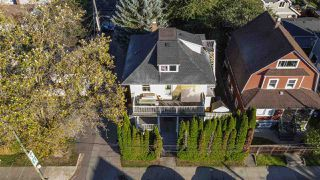 """Photo 3: 2820 FRASER Street in Vancouver: Mount Pleasant VE House for sale in """"""""Belle View"""""""" (Vancouver East)  : MLS®# R2507724"""