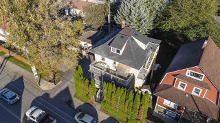 """Photo 4: 2820 FRASER Street in Vancouver: Mount Pleasant VE House for sale in """"""""Belle View"""""""" (Vancouver East)  : MLS®# R2507724"""