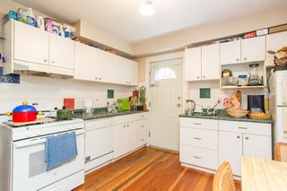 """Photo 14: 2820 FRASER Street in Vancouver: Mount Pleasant VE House for sale in """"""""Belle View"""""""" (Vancouver East)  : MLS®# R2507724"""