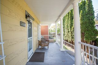 """Photo 7: 2820 FRASER Street in Vancouver: Mount Pleasant VE House for sale in """"""""Belle View"""""""" (Vancouver East)  : MLS®# R2507724"""