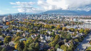 """Photo 38: 2820 FRASER Street in Vancouver: Mount Pleasant VE House for sale in """"""""Belle View"""""""" (Vancouver East)  : MLS®# R2507724"""