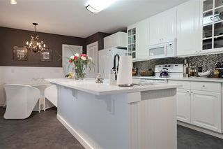 Photo 9: 9324 67A Street in Edmonton: Zone 18 House for sale : MLS®# E4219134