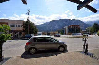 Photo 3: 209 38003 SECOND Avenue in Squamish: Downtown SQ Condo for sale : MLS®# R2518723