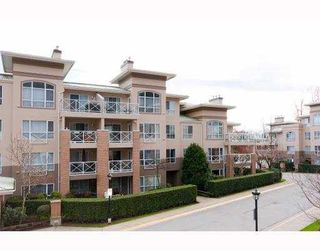 "Photo 1: 401 2558 PARKVIEW Lane in Port Coquitlam: Central Pt Coquitlam Condo for sale in ""THE CRESCENT ON REEVE CREEK"" : MLS®# V813873"