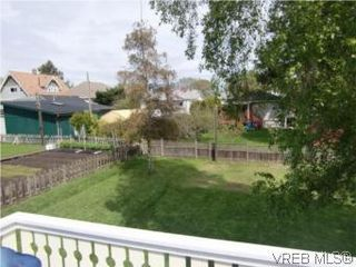 Photo 19: 2521 Fernwood Road in VICTORIA: Vi Oaklands Single Family Detached for sale (Victoria)  : MLS®# 281165