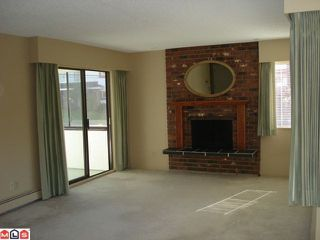 "Photo 5: 208 1381 MARTIN Street: White Rock Condo for sale in ""Chestnut Village"" (South Surrey White Rock)  : MLS®# F1019672"