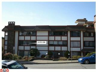 "Photo 2: 208 1381 MARTIN Street: White Rock Condo for sale in ""Chestnut Village"" (South Surrey White Rock)  : MLS®# F1019672"