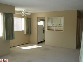 "Photo 6: 208 1381 MARTIN Street: White Rock Condo for sale in ""Chestnut Village"" (South Surrey White Rock)  : MLS®# F1019672"