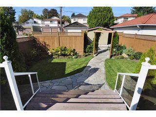 Photo 2: 885 W 60TH Avenue in Vancouver: Marpole House for sale (Vancouver West)  : MLS®# V852517